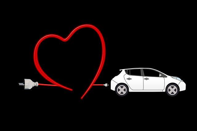 Apakah aki mobil anda sudah mati? Jika anda tidak memiliki pengisi daya, artikel ini menjelaskan bagaimana cara jumper aki mobil dilakukan. Anda masuk ke mobil anda seperti biasa, memasukkan kunci dan nyalakan kunci kontak, tidak menyala. Alasannya mungkin aki mobil anda sudah mati. Ini tidak bisa memasok arus