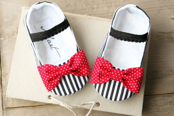 Baby girl nautical shoes, red white black striped nautical baby outfit, summer slippers, bow shoes, baby shower gift