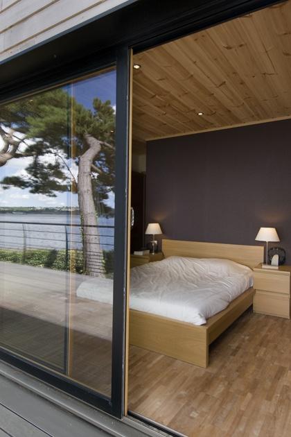 Modern Honka log home in France. #Honka