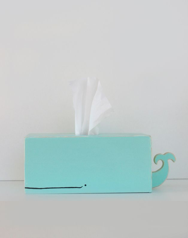 Türkiser Wal für Taschentücher / tissue holder in shape of a turquoise whale made by Sparkly Pony via DaWanda.com