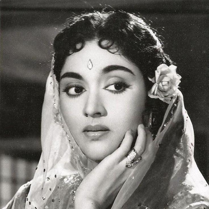 "Beautiful Indian Bollywood Actress All Time: ""Vyjayanthimala #classic #beautiful #legend"""
