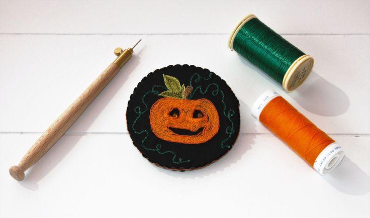 Broche Halloween , broche citrouille , automne , tête de citrouille , broche…
