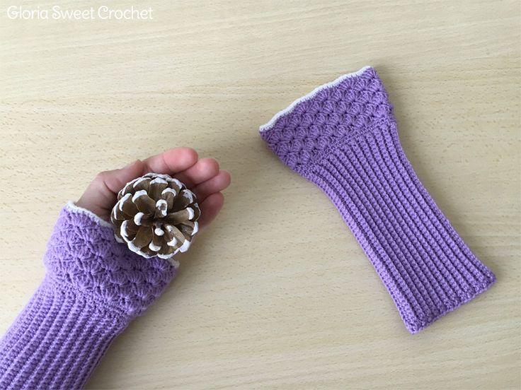 Scalda polso o Manicotti invernali lunghi, realizzati a uncinetto in pura lana. di GloriaSweetCrochet su Etsy https://www.etsy.com/it/listing/512051225/scalda-polso-o-manicotti-invernali