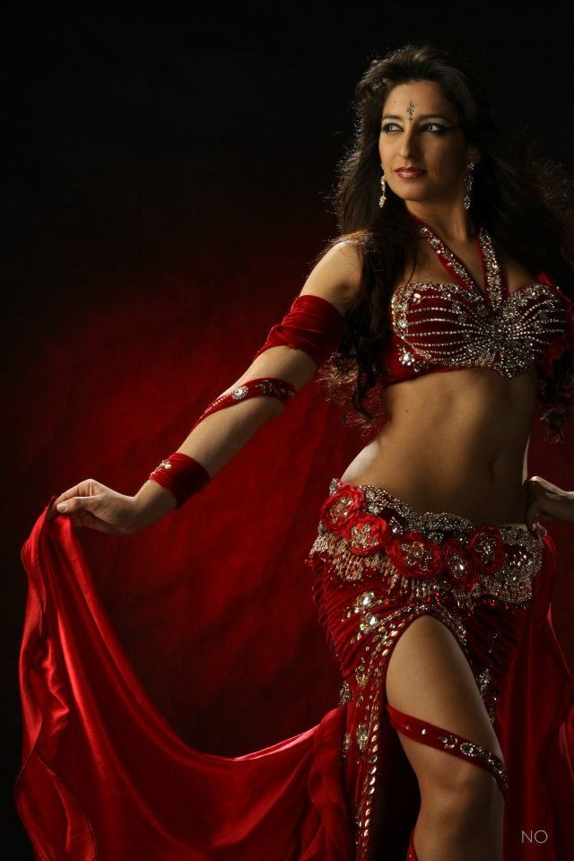 red head belly dancers