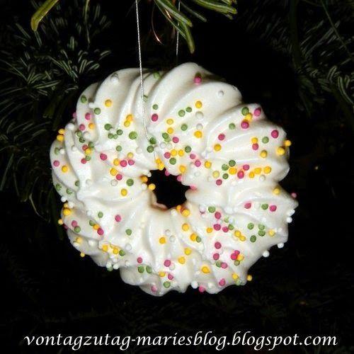 @vontagzutagmari Weihnachten. Windbäckerei am Weihnachtsbaum. http://vontagzutag-mariesblog.blogspot.co.at/