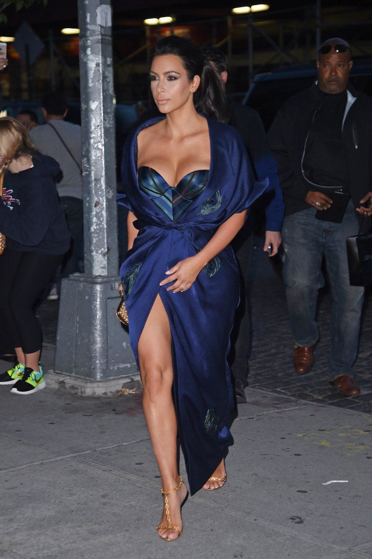 Pin for Later: The 100 Sexiest Kardashian Outfits of All Time When Kim Started Her Silk Robe Kick