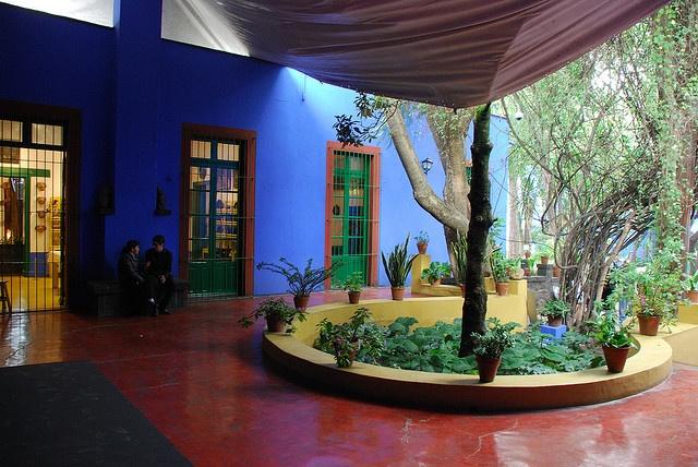 La Casa Azul: Frida Kahlo Blue Houses, Favorite Places, Kahlo Rivera, Houses Mexico Cities, Casa Azul Frida, Fridakahlo, Kahlorivera Houses, Azul Frida Houses Mexico, Frida Kahlo Houses