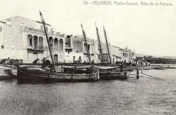 Portocolom - El muelle pesquero a principios del siglo XX - Tarjeta postal editada por la Imprenta Reus en torno a 1915.
