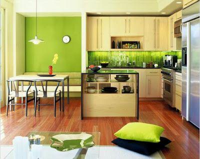 Dengan melakukan efisiensi dan memaksimalkan ruangan yang ada, tentunya kita masih tetap bisa untuk mendekorasi dapur kecil kita terlihat lebih luas daripada ukuran sebenarnya. Caranya dengan memaksimalkan penggunaan ruangan vertikal secara maksimal dengan mendesain lemari kabinet yang tinggi sehingga bisa menampung perabotan dapur secara banyak.silah melihat-lihat dulu variasi desain kami.