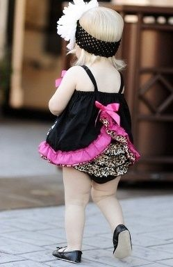 This site will knock your socks off is very dangerous for the wallet. Super cute SUPER cheap girl clothes.
