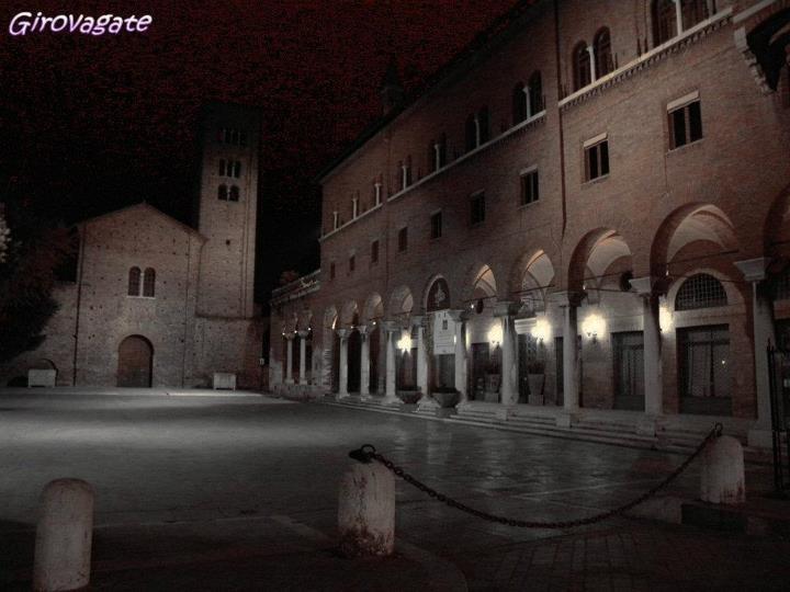 Ravenna by night