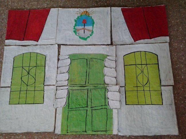 Puzzle de Casa de Tucumán, Argentina. Hecho con papel de diario.