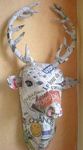Comment faire de belles créations en papier mâché, découvrez la technique du papier mâché. Une belle idée créative pour recycler le papier journal et créer à moindre coût.. Pour faire des créations en papier mâché, voici quelques tutos en images pour découvrir la technique : - Le site : Creaclic...
