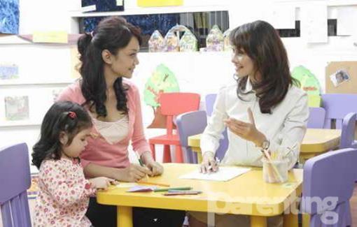 Parenting.co.id: Jalin Hubungan Baik dengan Guru Anak