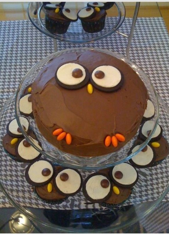 DIY owl cake.