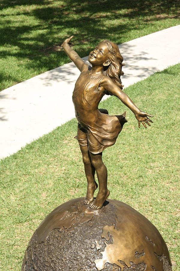 Large Outdoor Sculptures Joyful