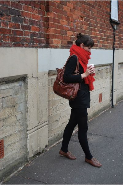 Abs. love this..and would love to find dark brown oxfords, and a replica of this deep red scarf!