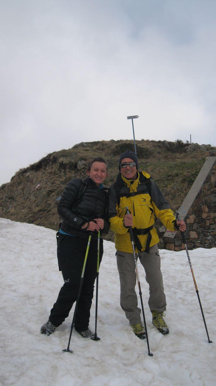 Una delle squadre di monitoraggio di Orso bruno e Lupo (Foto M.Canziani) del Progetto Stepping Stones Adamello dell'Associazione Uomo e Territorio Pro Natura (www.uomoeterritoriopronatura.it).