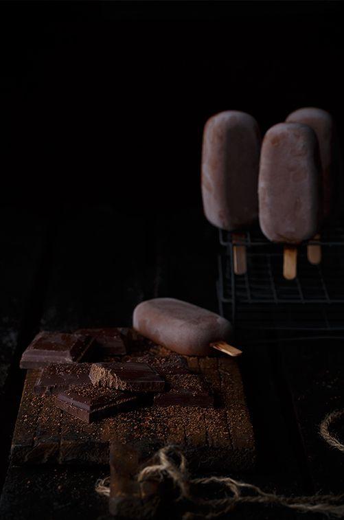chocolate ice pops   sweets . Süßes . mignardise   Recipe@ lostragaldabas   Food. Art + Style. Photography: Food on black by Raquel Carmona  