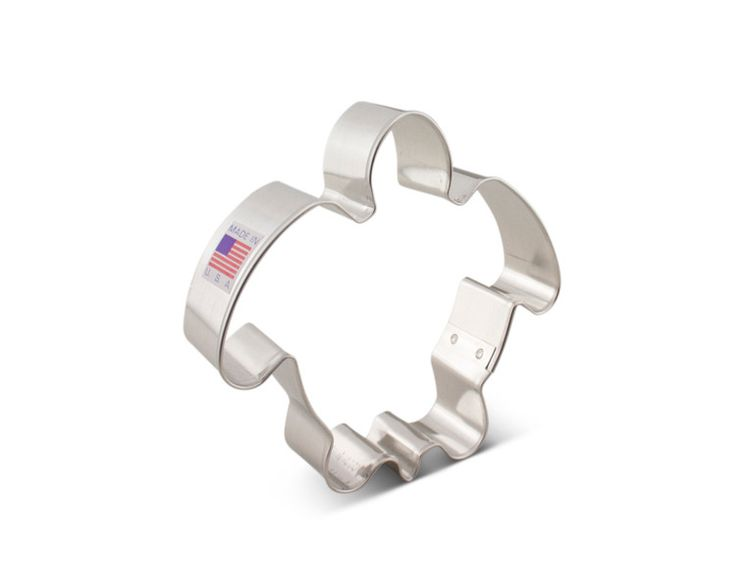 "Cookie cutter measures 4-1/4"" at it's widest point, 1 cookie cutter per listing. Create cookies in all sorts of shapes with these Ann Clark Cookie Cutters made in the USA. This tin-plated cookie cutte"