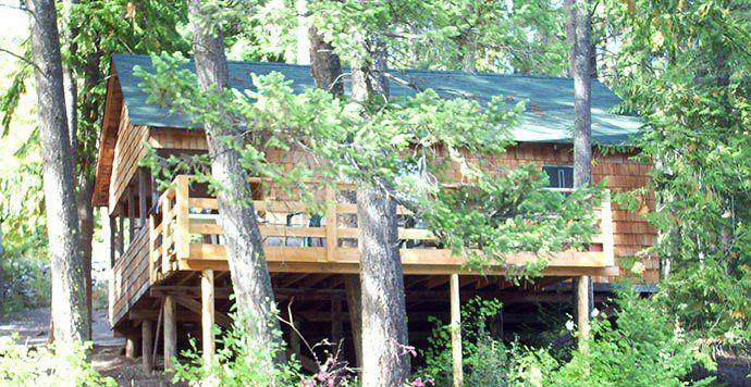 Cabins at Echo Lake Resort in Lumby BC