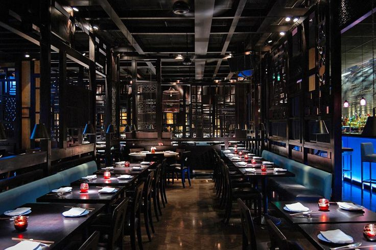 Designed by famed designer Christian Liaigre, Hakkasan Hanway Place embodies the Hakkasan design ethos of the modern ethnic now found in Hakkasan restaurants around the world. The restaurant is headed by Head Chef Tong Chee Hwee, who has been with Hakkasan since its inception. In 2003 the restaurant was awarded a Michelin star, which it has retained to this day, continuing to place Hakkasan at the forefront of Chinese cuisine.