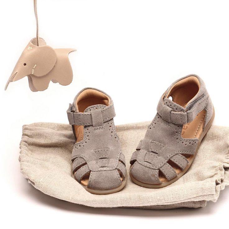 """469 Synes godt om, 33 kommentarer – bisgaard shoes (@bisgaard_official) på Instagram: """"NEW IN 👶🏼😻 Soft suede, bisgaard sole®, strong heel cap, and arch support! From s. 18-25. #bisgaard…"""""""