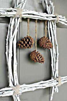 pin couronne cône de brindille, saison des vacances d cor, couronnes