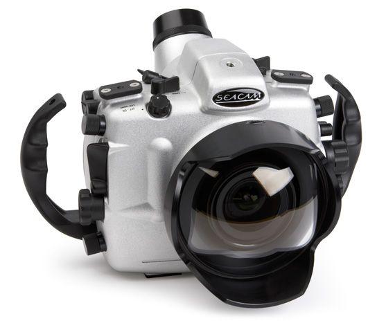 Variant Between Underwater amateur camera equipment