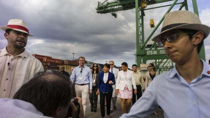 Penny Pritzker Arrives in Cuba for Two-Day Embargo Talks  Read more: http://www.bellenews.com/2015/10/07/world/americas-news/penny-pritzker-arrives-in-cuba-for-two-day-embargo-talks/#ixzz3nrxwuNfs Follow us: @bellenews on Twitter | topdailynews on Facebook