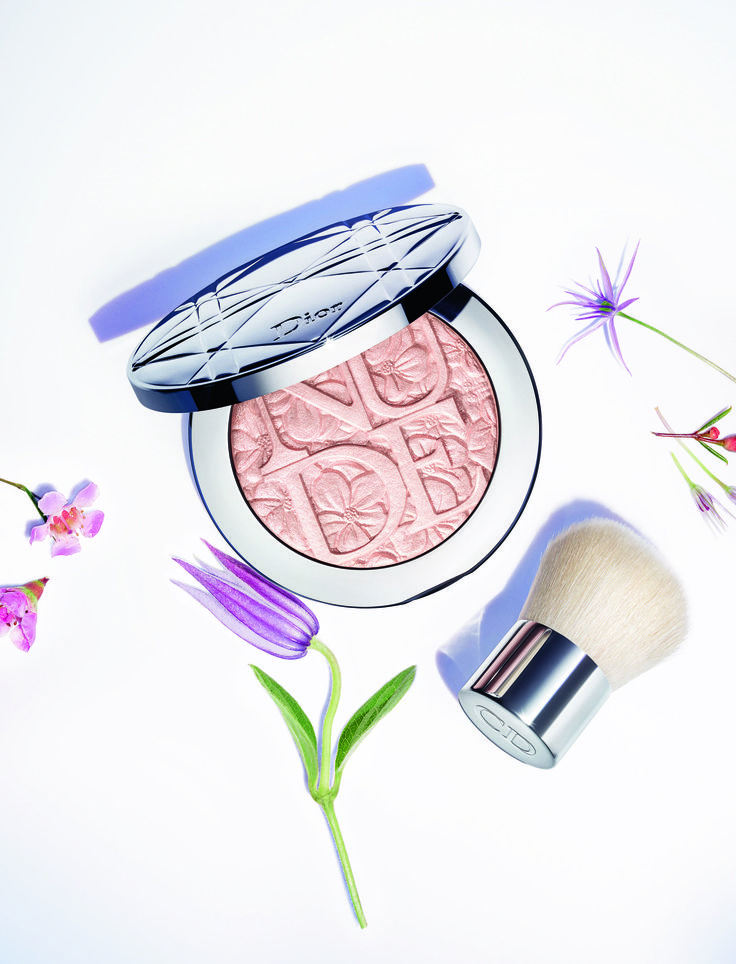 Can't wait to get my hands on these!!! Dior Glowing Gardens Collection Spring 2016