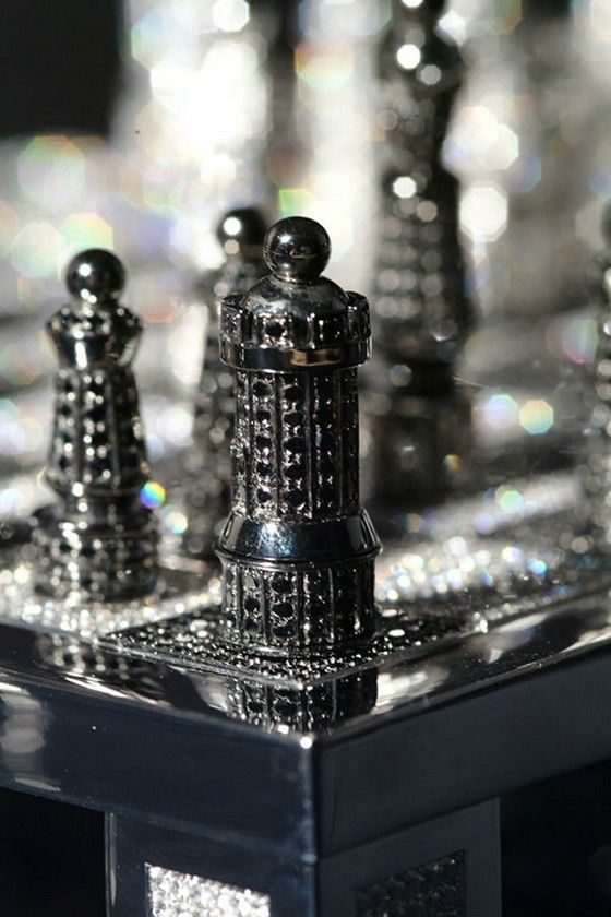 Renowned French artist and master of jewelry, Bernard Maquin created the Royal Diamond Chess  which is the most expensive chess set in Diamonds.