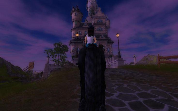 Castle Silver Glade at night. IT'S BEAUTIFUL!/Zamek Srebrnej Polany w nocy. JEST ŚLICZNY!