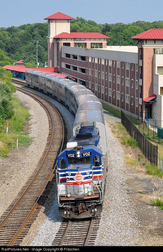RailPictures.Net Photo: VRE V02 Virginia Rail Express (VRE) RP39-2C at Burke, Virginia by Fritzchen