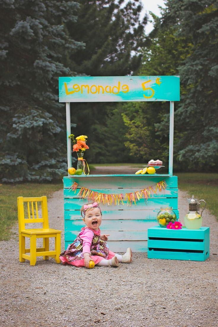 lemonade stand mini session - www.loveandinspiration.ca Barrie Ontario
