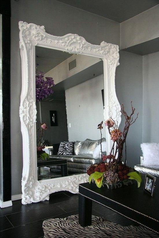 Des miroirs à poser au sol pour une décoration originale