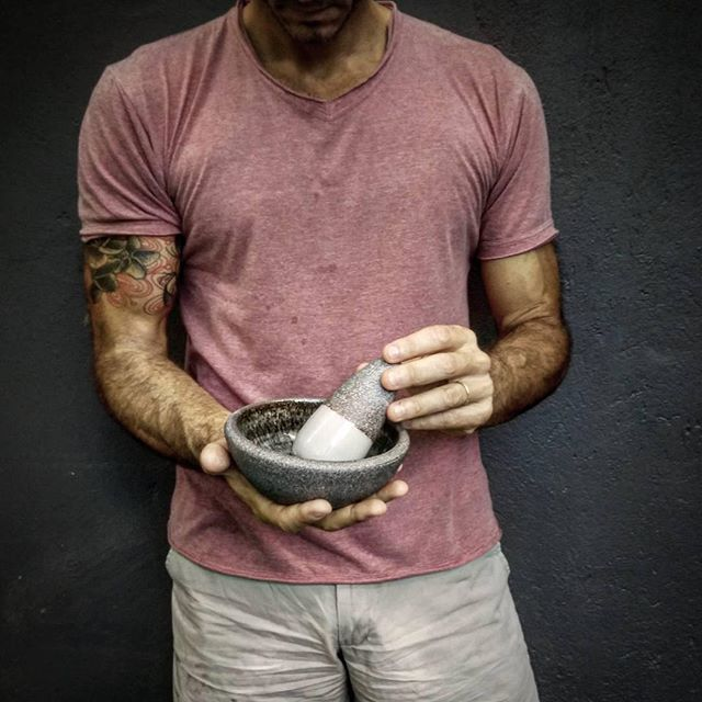 "Tonight I will make a pesto sauce with this mortar and pestle. Can't wait! Did you know that the word ""pesto"" comes from the Italian verb ""pestare"" that literally means ""to pestle""? . Hand thrown porcelain+lava, celadon glaze, 1300° C reduction . T-shirt by @quarziabali . . . . . #gayaceramic #gayacac #clayeverysingleday #eatclaylove #ceramics #ceramic #porcelain #pottery #handmade #tattoo #homedecor #homeware #decor #pesto #interiordesign #decoration #table #tableware #tabledecoration…"