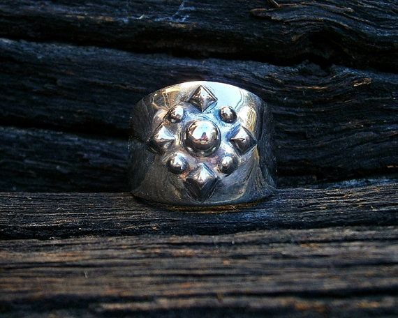 Contemporary polished silver ring  US size 7 by FiaFourieJewellery