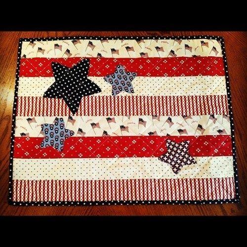 Patriotic Mug Rug | Patriotic Mug rug