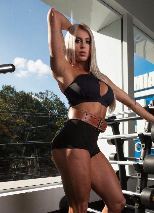 Sucessora De Sue Lasmar Fernanda Sierra Revela Dieta E Malhacao Pinterest Woman Fitness