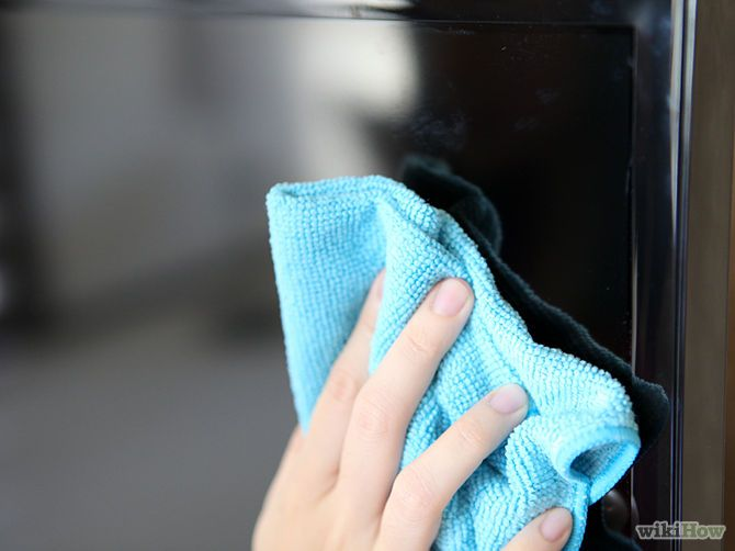 3 Ways to Clean a Flat Screen TV - cannot believe this actually worked!