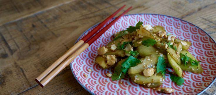 Ensalada oriental de pepino y anacardos
