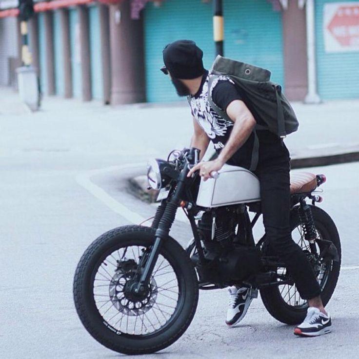 Bike with (urban) style. http://vervemoto.com/
