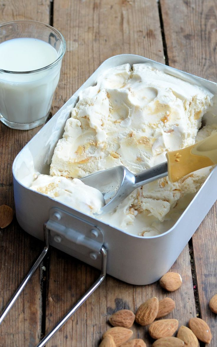 A deliciously creamy almond milk ice cream, a perfect dairy-free ice cream for anyone looking to avoid traditional ice creams with cream, eggs or milk.