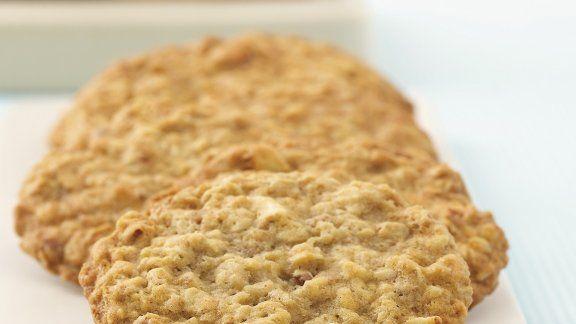 Bananen-Cookies mit Nüssen und Haferflocken |