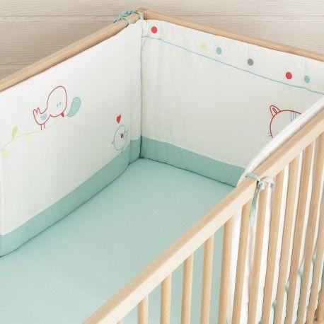 """Chambre bébé garçon à petits prix avec notre tour de lit """"Chat Alors !"""" Découvrez aussi la gigoteuse naissance assortie"""