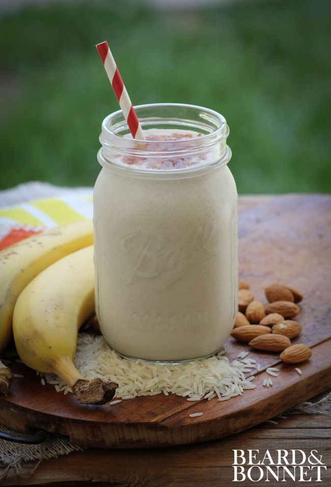 Horchata Coconut Milk Smoothie (Gluten-Free and Vegan) and more of the best coconut milk smoothie recipes on MyNaturalFamily.com #smoothie