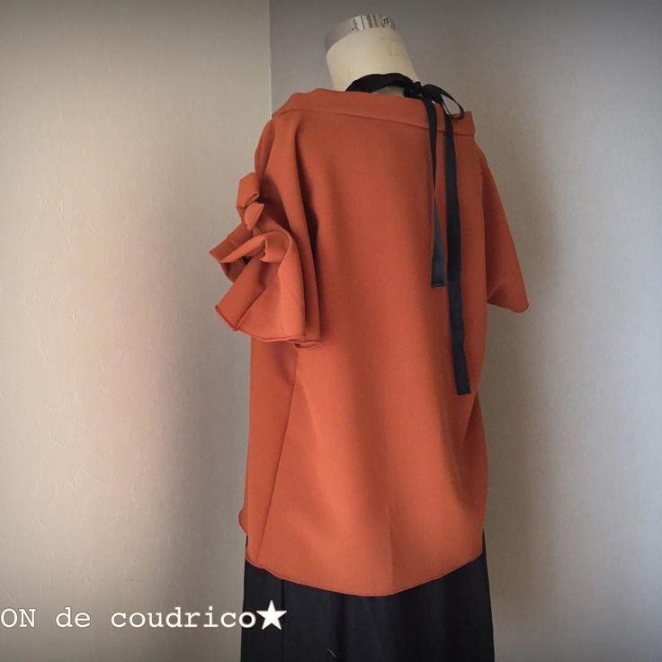2016.9.20   MAiSON de coudrico   Autumn collection   RED BROWN お袖リボントップス サイズ.レディースM お子ちゃまとお揃いできるアイテムです ポリエステル100% お家で洗えますシワになりにくいです   サイズ.713号  @maison_de_coudrico  http://ift.tt/2cNltMn  にてオーダー承ります(oo)  #coudrico #kidsfashion #kids #handmade  #fashion #mamagirl #ig_photooftheday #lovekids #follow4follow#instafashion #fashionphotography #ootd #outfit #handmade #picoftheday #ig_kidsphoto #photooftheday #instagood #designer #girl #デザイン #ファッション #ママコーデ  #minne #creema #今日のコーデ#ハンドメイド #子供服…