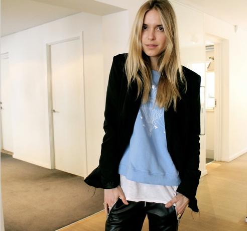 Lovely blogger Pernille Teisbæk from www.LookdePernille.com wearing Stella Nova sweat.