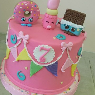 Shopkins! Shopkins themed cake with fondant modeled toppers